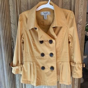 American Rag stylish feminine yet tailored jacket